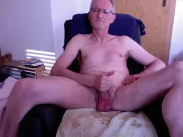 [28-03-20] berthold2 chaturbate show with toys