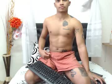 [20-02-20] brett_black1 record video with toys from Chaturbate