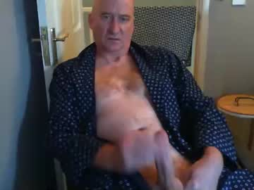 [05-08-21] chatel69 record blowjob video from Chaturbate.com