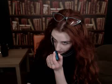 [25-04-19] lucy_viwa public show video from Chaturbate