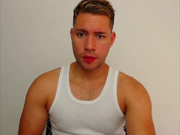 [29-10-20] mr_chris_grey private show from Chaturbate