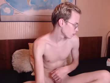 [19-08-19] yarle record public webcam video from Chaturbate