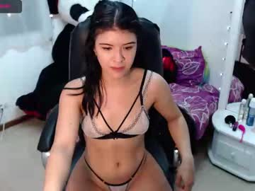 [19-04-21] holly_joness_ public show video from Chaturbate.com