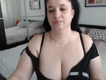[01-04-19] hot_curvy record public webcam from Chaturbate