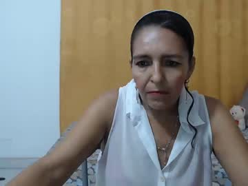[10-12-19] maturexflorecita cam show from Chaturbate