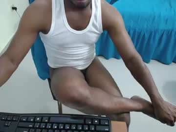 [13-05-19] negroesclavo record blowjob video from Chaturbate