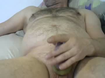 [24-04-19] buffolo1961 record video with toys from Chaturbate.com