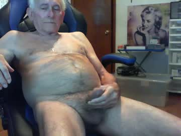 [27-10-20] davesplace1919 public show video from Chaturbate