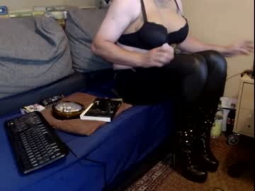 [05-09-20] bootslover27 show with cum from Chaturbate.com