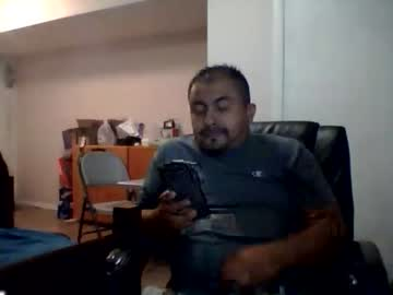 [01-10-20] luishotdickk record show with toys from Chaturbate