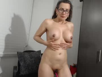 [25-09-20] isabellaexotica show with toys from Chaturbate