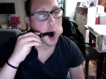 [25-10-21] tommaso11790 public show from Chaturbate