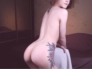 [17-04-19] gloryformolly2 video with dildo from Chaturbate