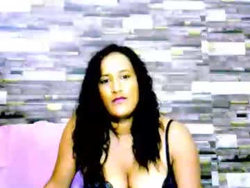 [24-02-20] indianleah25 record public show video from Chaturbate.com