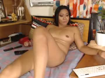 [04-10-21] loveontopjulia video with dildo from Chaturbate
