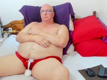 [14-10-21] apollozzz show with cum from Chaturbate