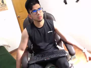 [19-10-19] dannygamingg chaturbate show with toys