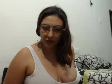 [14-07-20] erikalajuicy record public show from Chaturbate.com