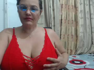 [21-10-20] afroditahorney record private from Chaturbate