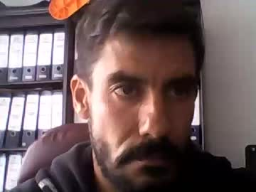 [22-08-19] elkike1981 public show video from Chaturbate