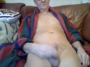 [20-11-19] christer43 public show video from Chaturbate