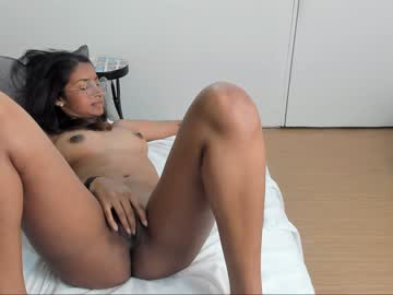 honey_moly chaturbate