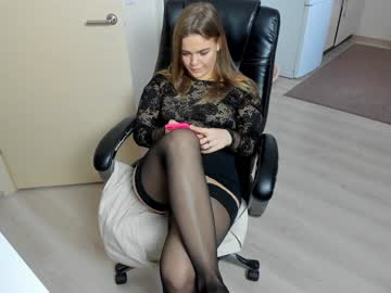 [10-03-20] mery_cristmas public show from Chaturbate.com