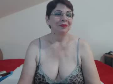 [14-10-19] sexygranyd video with toys