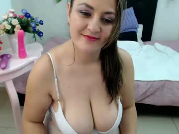 angel_whitte chaturbate