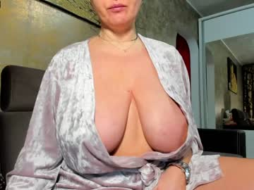 [06-02-21] sexyygoddes record public webcam video from Chaturbate
