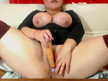 [24-01-20] laurenglory record blowjob video from Chaturbate.com