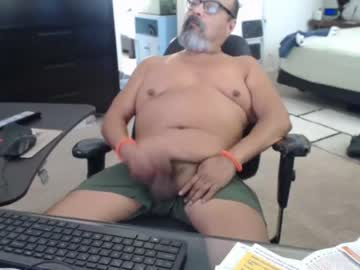 [19-08-19] charlieo1953 video with toys