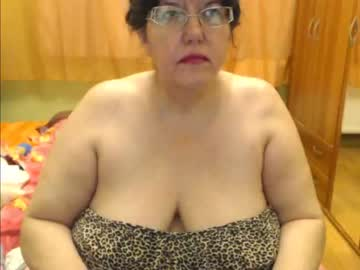 [26-07-21] hugetitsxxx public show video from Chaturbate.com