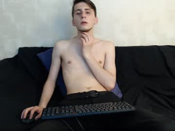 [26-04-19] jacobxtwink video with toys from Chaturbate