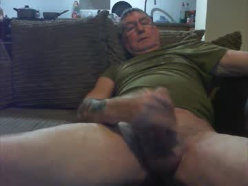 [11-03-20] daveyc12 record show with toys from Chaturbate