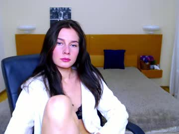 [22-10-20] _funny__bunny_ public webcam from Chaturbate