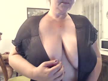[24-04-20] hornykika record video from Chaturbate