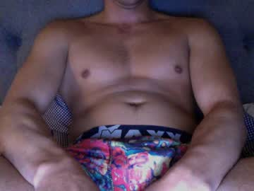 [06-04-19] yesmennn public show from Chaturbate.com