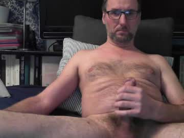 [01-10-19] tommy_g video with dildo