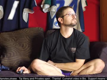[07-04-20] flyersguy2788 public show video from Chaturbate