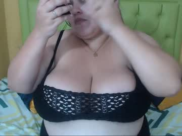 [23-05-19] _honeymoon video with toys from Chaturbate.com