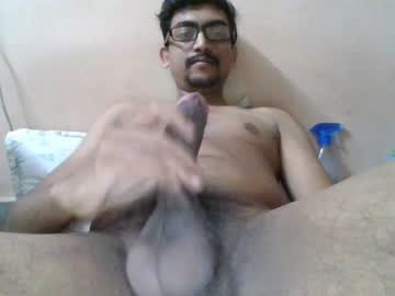 [12-11-19] sexandmingle record video with dildo
