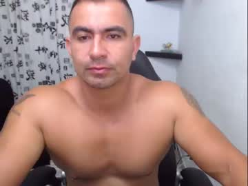 [13-06-19] thebrothershott public show from Chaturbate.com