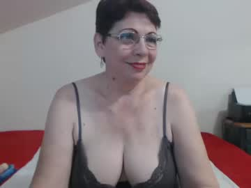 [30-09-19] sexygranyd show with toys