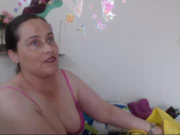 01-02-19 | candys52 webcam show from Chaturbate.com
