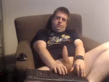[07-10-20] hugechris30 chaturbate show with cum