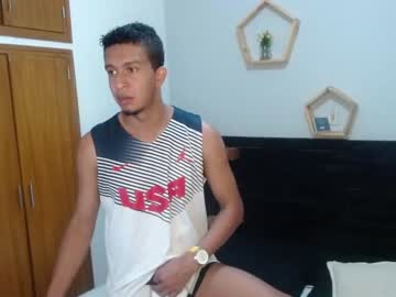 [25-02-21] scott_torres blowjob video from Chaturbate