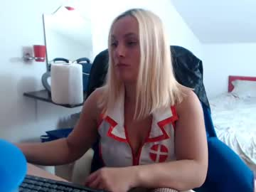 [10-10-19] just_me0 record public show from Chaturbate.com