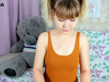 [03-06-20] vr_lol cam video from Chaturbate