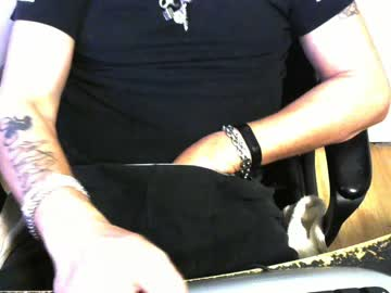 [10-11-20] dominux1er webcam video from Chaturbate.com